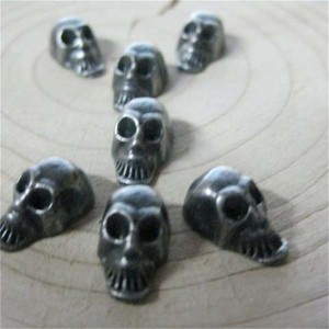 D002 Skull Alloy Rivets 8mm 100pcs/bag