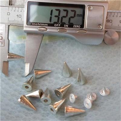 K015 Silver Cone Rivets 7x13mm 100pcs/bag