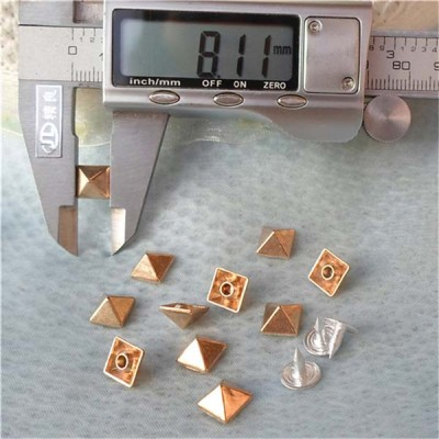 K033 Pyramid Alloy Rivets 8mm 100pcs/bag