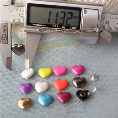 K037 Hearts Alloy Rivets 11x10mm 1000pcs/bag