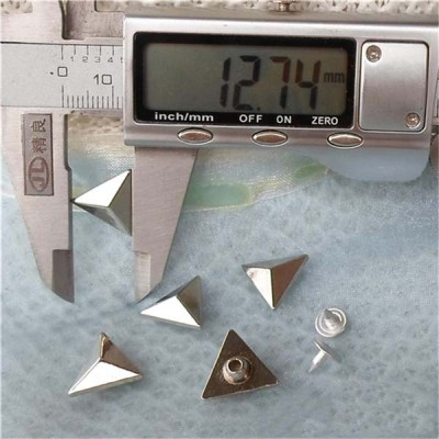 K1456 Triangle Shaped Rivets 14.5x6mm 100pcs/bag