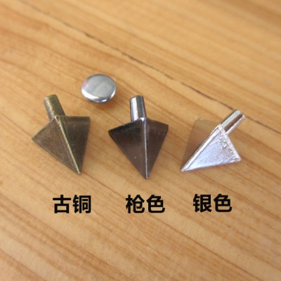 XK203 Triangle Alloy Rivets 10x13mm 100pcs/bag