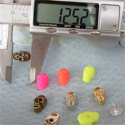 Q084 Punk Skull Rivets 7.6X12.5mm 1000pcs/bag