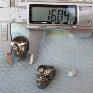 Q104 Plastic Skull Rivets 16x25mm 1000pcs/bag