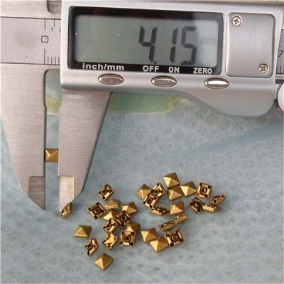 T001 Pyramid Rivets(iron/brass)4mm 1000pcs/bag