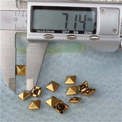 T004 Pyramid Rivets(iron/brass)7mm 100pcs/bag
