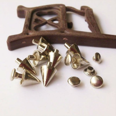 X014 British Cone Rivets 8x9mm 100pcs/bag