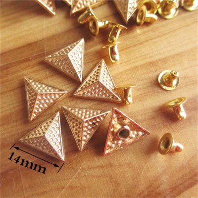 X1404 Triangle Alloy Rivets 14x4mm 100pcs/bag
