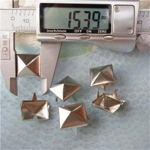 A013 Pyramid Studs(iron/brass) 15mm 1000pcs/bag