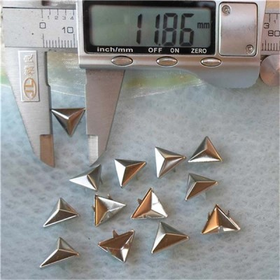 A018 Triangle Studs For Garments(iron/brass) 12mm 1000pcs/bag