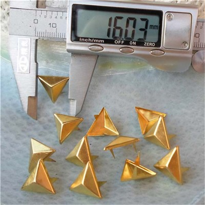 A020 Triangle Studs For Clothing(iron/brass) 16mm 1000pcs/bag