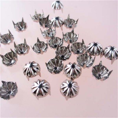 A023 Flower Studs(iron/brass) 9x3.5mm  1000pcs/bag