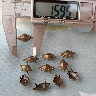 A049 Rhombus Studs(iron/brass) 16x3mm 1000pcs/bag