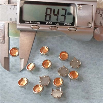 A074 Acrylic and Rhinestone Studs(iron/brass) 8.5mm 1000pcs/bag
