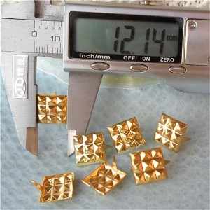 A082 Pyramid Studs(iron/brass) 12mm 1000pcs/bag