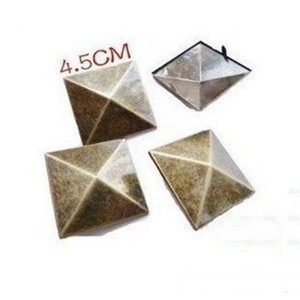 D4545 Pyramid Spikes Studs(iron/brass) 45mm 100pcs/bag