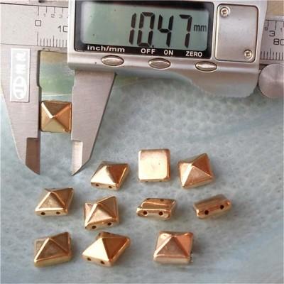 F026 Pyramid Sewing Spikes 10mm 1000pcs/bag