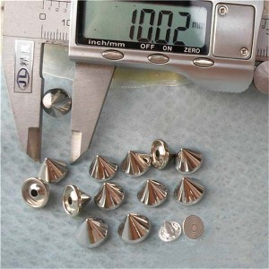 Q004 Cone Plastic Spike Rivets 10x8mm 1000pcs/bag
