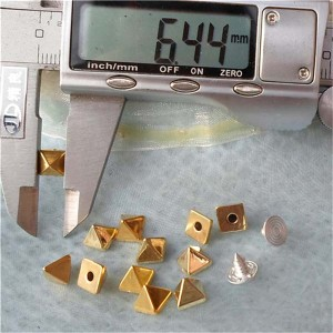 Q017 Pyramid ABS Rivets Studs 6.5mm 1000pcs/bag