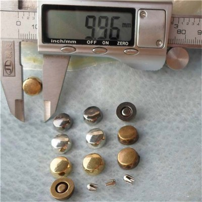 Q071 Round Plastic Rivets 10x4mm 1000pcs/bag
