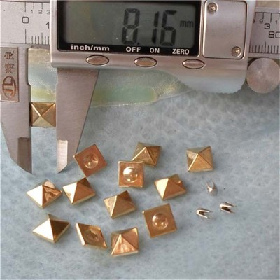 Q116 Pyramid Plastic Rivets 8mm 1000pcs/bag