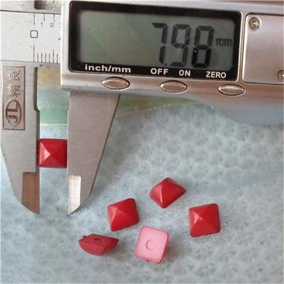 Q136 Yurt Pyramid Plastic Rivets 8mm 1000pcs/bag