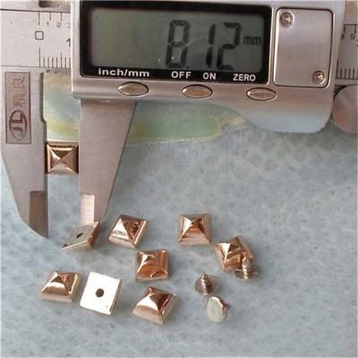 Q149 Yurt Pyramid Plastic Rivets 8mm 1000pcs/bag