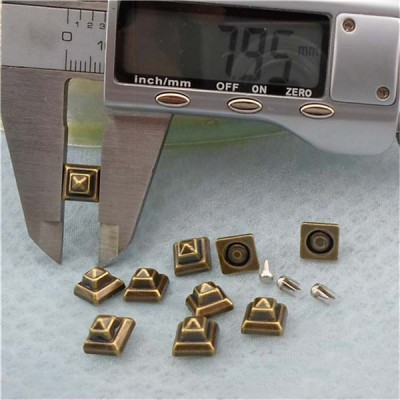 Q158 Pyramid Plastic Rivets 8mm 1000pcs/bag