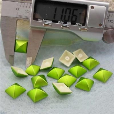 Q193 Yurt Pyramid Plastic Rivets 11mm 1000pcs/bag
