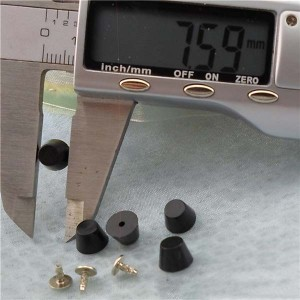 Q202 Bucket Plastic Rivets 8x4mm 1000pcs/bag