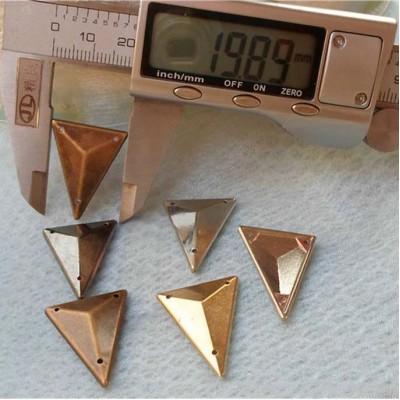 SFSJ-003425 Triangle ABS Sew Spikes 25x19mm 1000pcs/bag