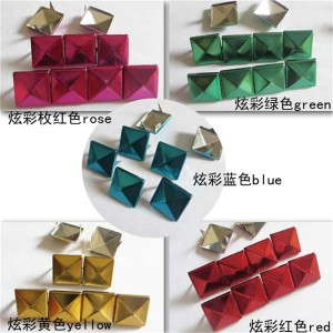 XL1203 Metal Pyramid Studs Two Claws (Dazzle color) 12mm 100pcs/bag