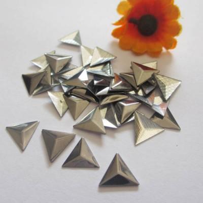 XT0601 Metal Triangle  Hot Fix nails 6x1mm 5000pcs/Bag
