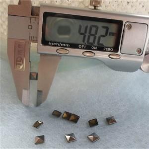 XX048 Metal Pyramid Hot Fix nails 5x1.5mm 5000pcs/Bag