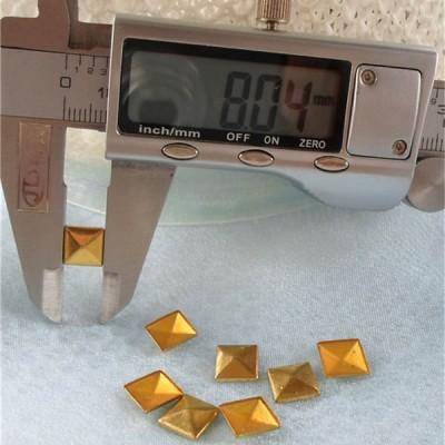 XX051 Metal Pyramid Hot Fix nails 8x2mm 5000pcs/Bag