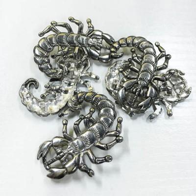 D202 Scorpions Alloy Rivets 40x33mm 100pcs/bag
