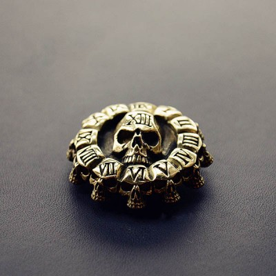 NA023 Brass Conchos Death Skull Clock 40mm