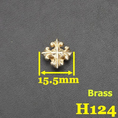 H124 Brass Conchos Cross 15.5mm 1pc/bag