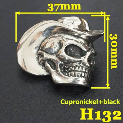 H132 Conchos Craft Skull Cowboy 30x37mm 1pc/bag