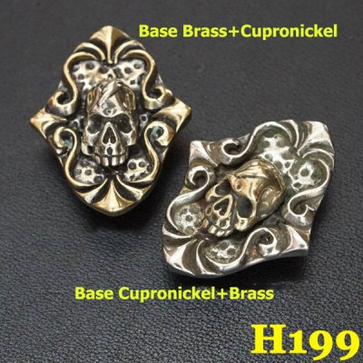 H199 Magic Mirror Skull Conchos 24.5x31.5 mm 1pc/bag