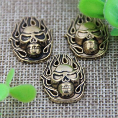 G010 Fire Skull Rivet 25x17mm 100pcs/bag
