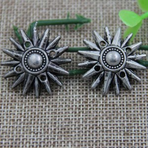 G024 Sun Flower Rivet 27mm,17mm,12mm 100pcs/bag