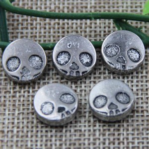 G039 Skull Rivet 12mm 100pcs/bag