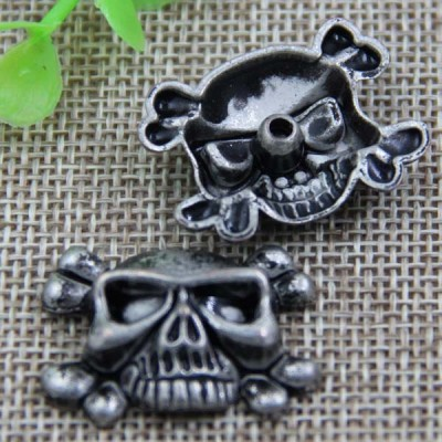G052 Skull Rivet 29x22mm 100pcs/bag