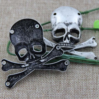 G070 Skull Sew Spikes 63x63mm 100pcs/bag