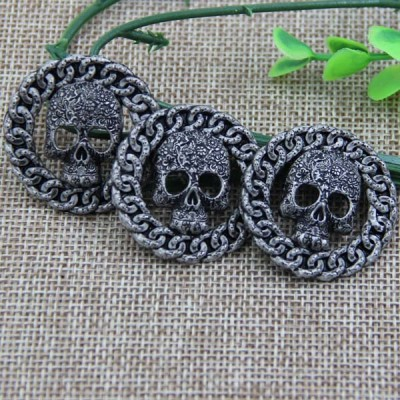G076 Hollow Skull Sew Spikes 34mm 100pcs/bag