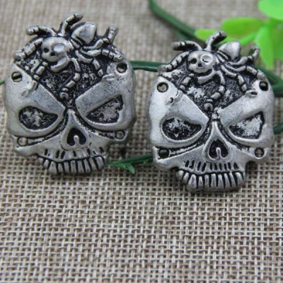 G093 Spider Skull Sew Spikes 37x30mm 100pcs/bag