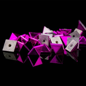 Plastic pyramid rivet