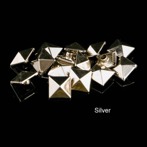 Silver color pyramid rivet