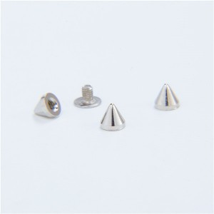 no18 cone spikes screwback studs 2